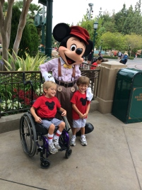 I went to the Spina Bifida convention at Disneyland.  I learned a lot and got to have some fun time with Mickey!!
