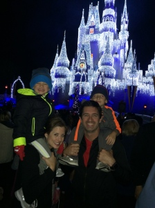 WHAT A WAY TO END THE YEAR - A TRIP WITH MY FAMILY TO DISNEYWORLD!!